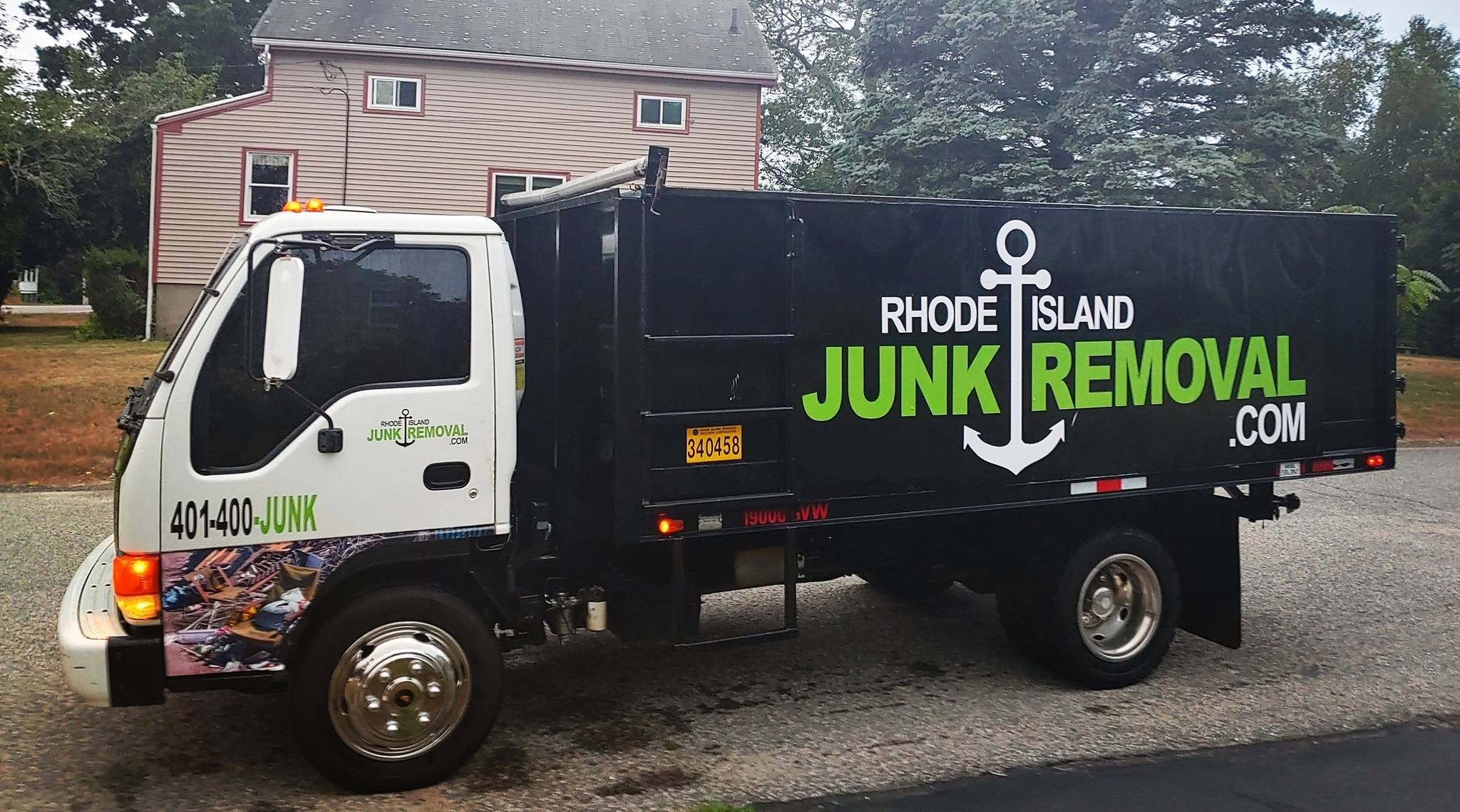 ri-junk-removal-isuzu-3